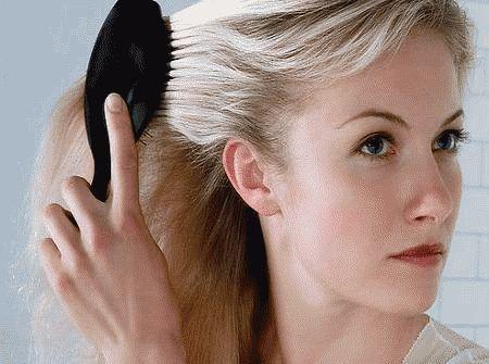 Що робити якщо сильно випадає волосся у жінки?